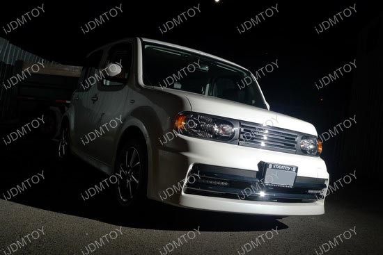 Nissan - Cube - LED - daytime - running - lights - 1